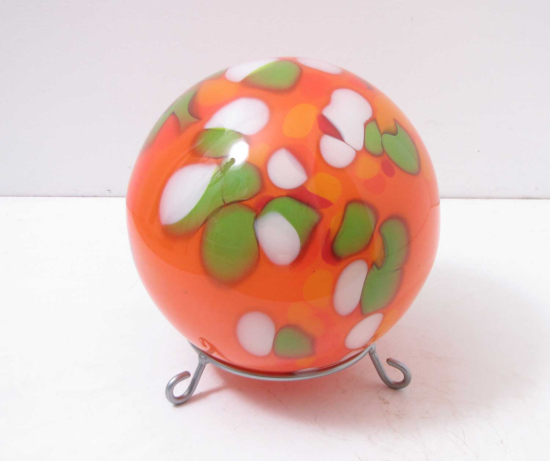 Edle bodenkugel mit st nder glas orange d 25 cm handarbeit for Edle dekoartikel